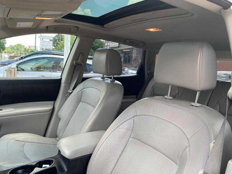 Nissan ROGUE 2011 price $5,900 Cash