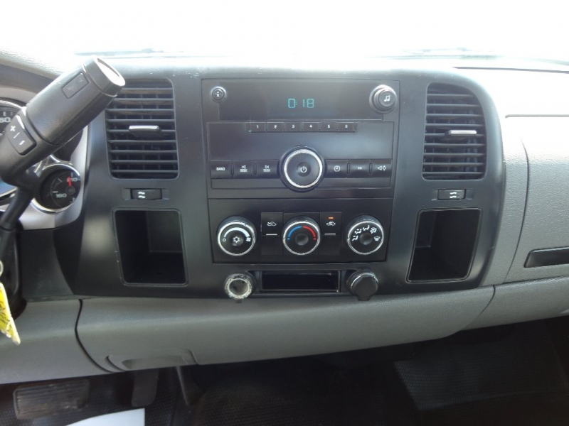 Chevrolet Silverado 2500HD 2009 price $8,400