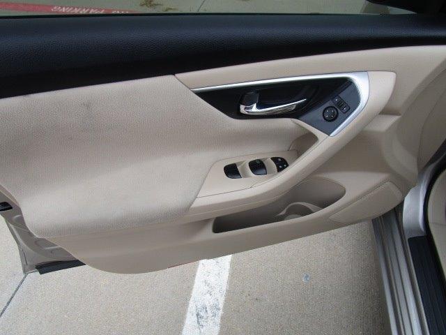 Nissan Altima 2014 price $9,500