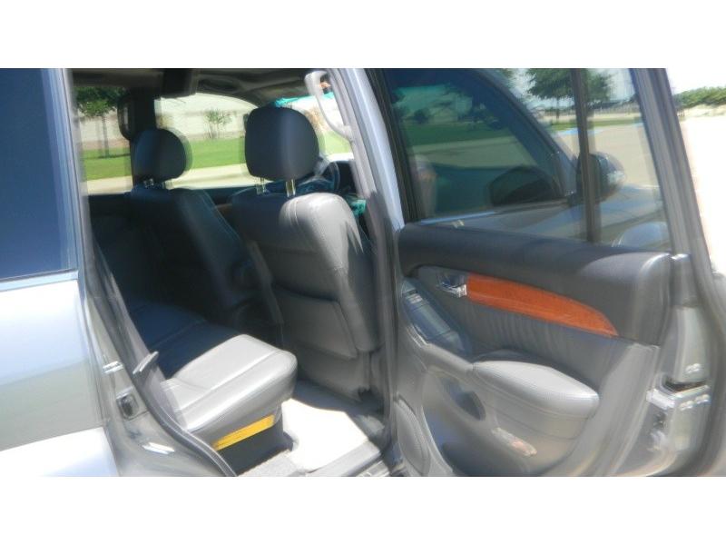 LEXUS GX 2004 price $11,995