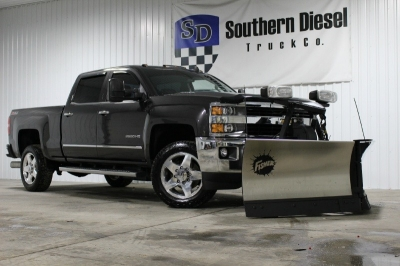 2015 Chevrolet Silverado 2500HD LTZ _ Duramax Diesel _ Leather _ Fisher V Plow