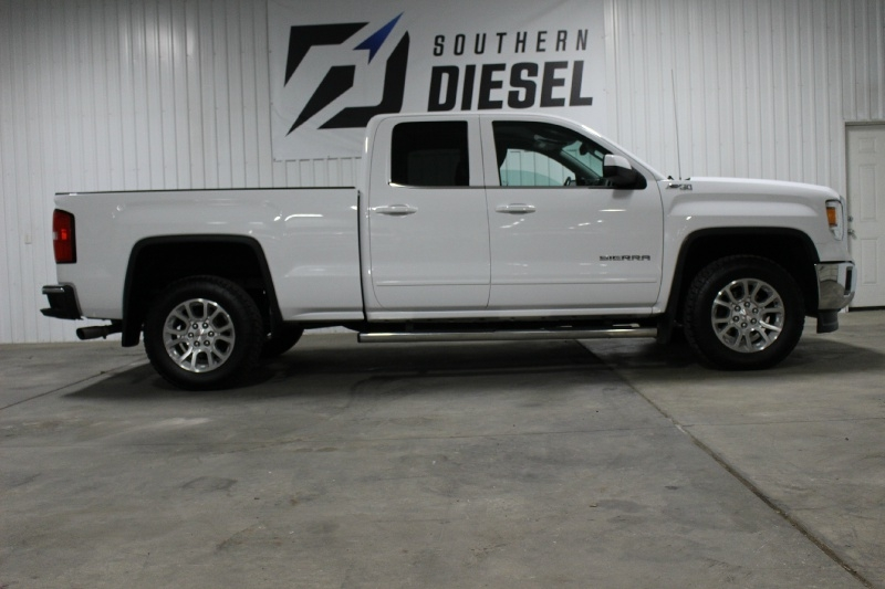 GMC Sierra 1500 2015 price $21,995