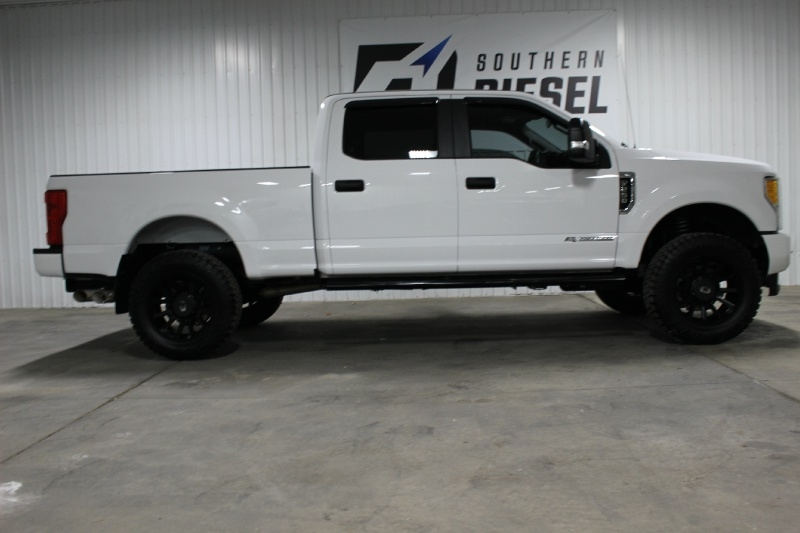Ford Super Duty F-250 2017 price $37,995