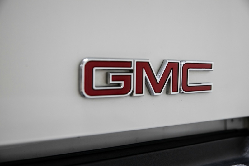GMC Sierra 2500HD 2007 price $16,995