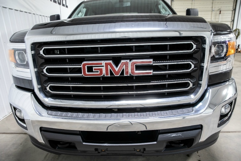 GMC Sierra 2500HD 2015 price $29,995