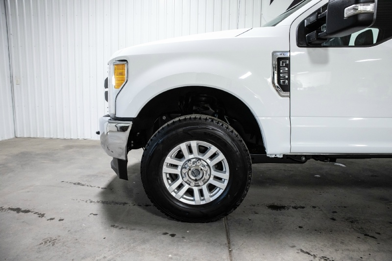 Ford Super Duty F-250 2017 price $29,995