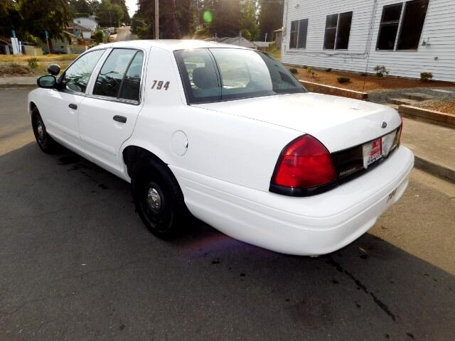 Ford Crown Victoria Police Pkg 2005 price $3,995