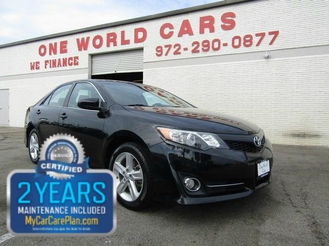 2014 Toyota Camry SE Auto COMES WITH WARRANTY