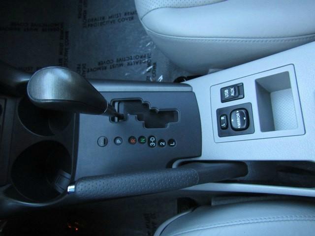 Toyota RAV4 Limited Leather 2012 price $9,969 Cash
