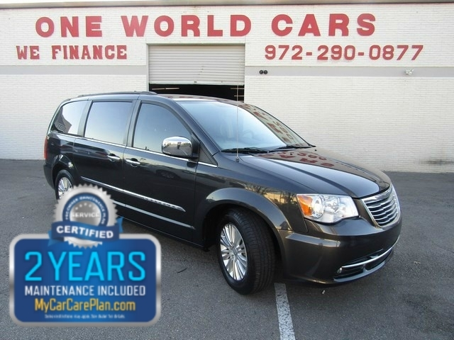 2012 Chrysler Town & Country Touring L NAV DVD Leather COMES WIT