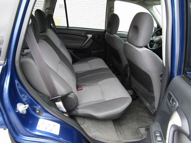 Toyota RAV-4 Manual 4WD 1 Owner 2004 price $3,995 Cash