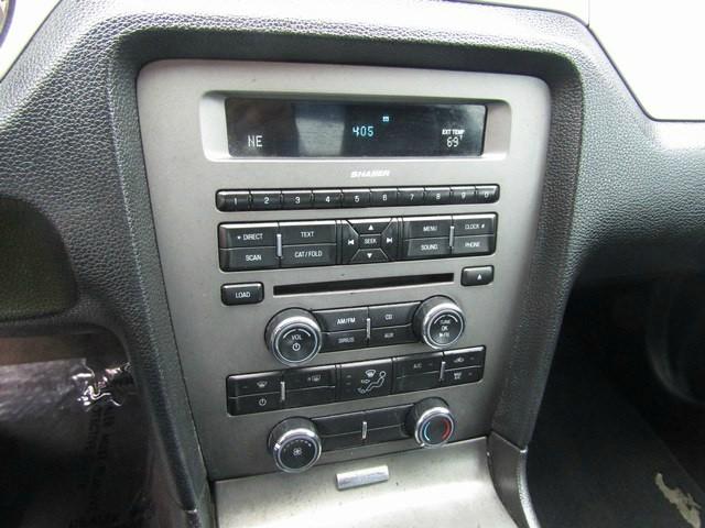 Ford MUSTANG MANUAL 2011 price $10,495 Cash