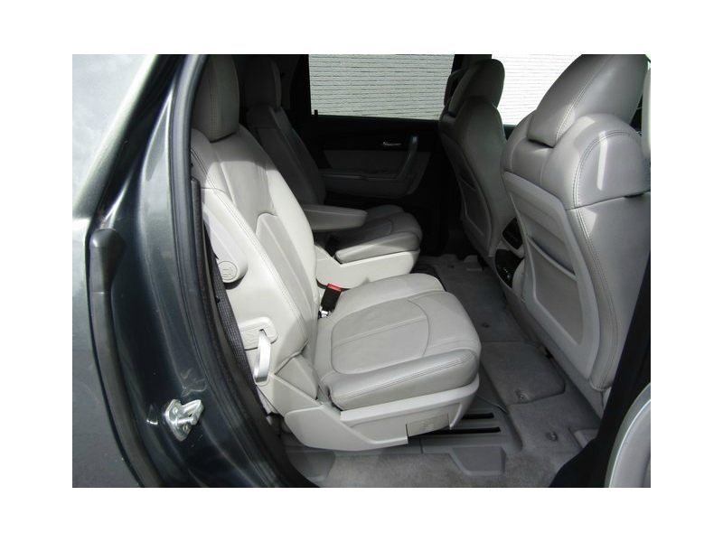 GMC ACADIA Leather DVD Roof 2011 price $13,777 Cash