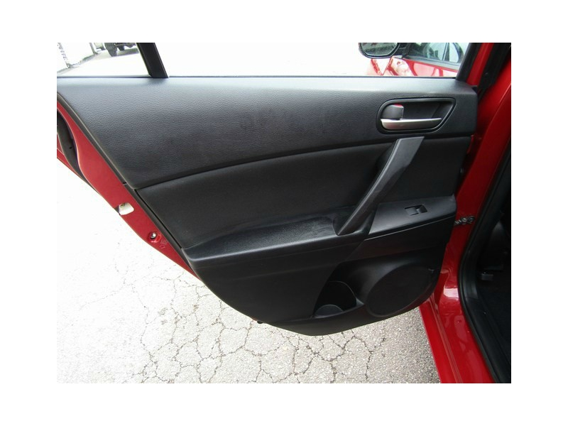 Mazda MAZDA3 1 OWNER MANUAL 2013 price $8,477 Cash