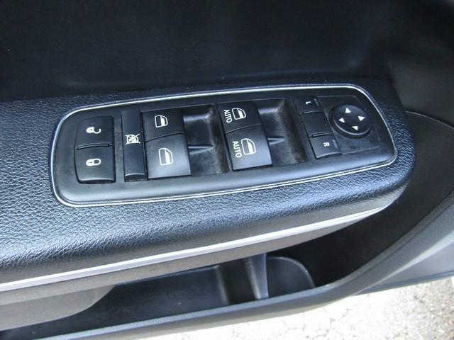 Chrysler 300 TOURING LEATHER 2014 price $13,777 Cash