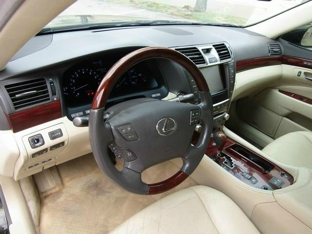 Lexus LS460 ONE OWNER 2010 price $11,777 Cash