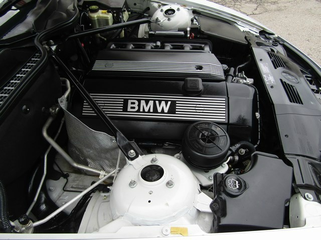 BMW Z4 2.5i Roadster Convertible 2004 price $6,777 Cash