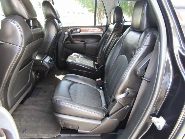 Buick ENCLAVE CXL-2 NAV DVD 2011 price $10,777 Cash