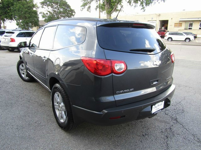 Chevrolet TRAVERSE LT w/2LT 3rd SEAT 2009 price $7,277 Cash