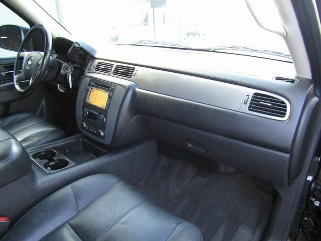 Chevrolet Tahoe LT/Z71 NAV/DVD 1-Owner 2011 price $17,777 Cash