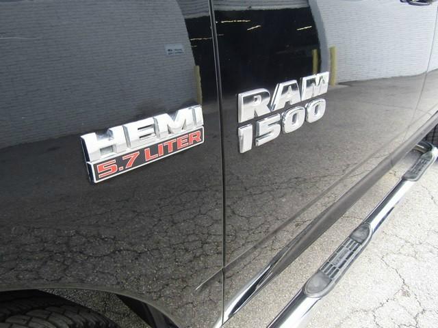 RAM 1500 5.7L 4X4 1 OWNER B.HORN 2013 price $19,777 Cash
