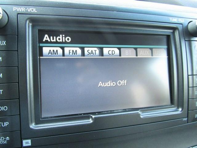 Toyota SIENNA XLE NAV 1 OWNER 2011 price $12,567 Cash