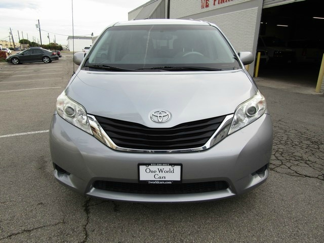 Toyota SIENNA LE 8-PASS 1 OWNER 2014 price $12,777 Cash