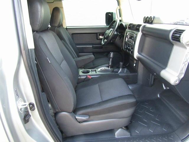 Toyota FJ CRUISER 4X4 AUTO 2012 price $15,777 Cash