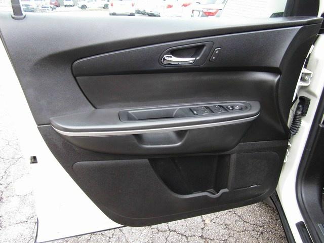 GMC ACADIA SLT1 ONE OWNER 2009 price $7,995 Cash