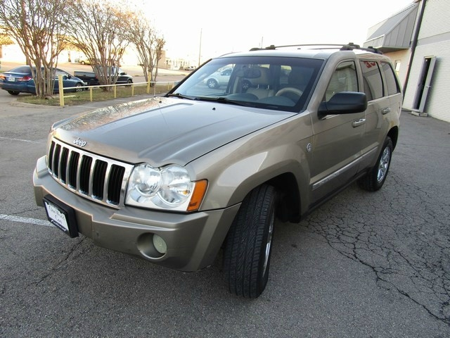 Jeep G,CH LIMITED 4WD 5.7L 2006 price $5,995 Cash