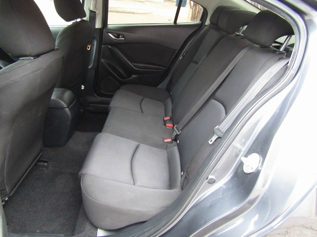 Mazda MAZDA 3 I SPORT 1 OWNER 2016 price $9,995 Cash