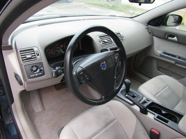 Volvo S40 2008 price $4,995 Cash