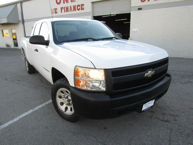 Chevrolet SILVERADO 1500 EX 1 OWNER 2008 price $7,995 Cash