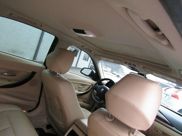 BMW 328i 2013 price $9,995 Cash