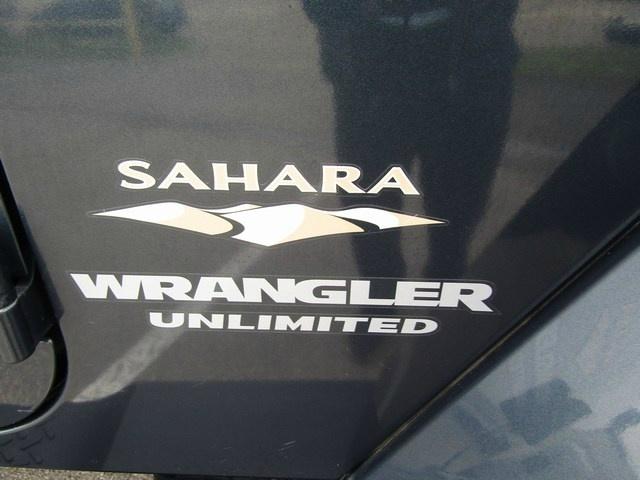 JEEP WRANGLER SAHARA AUTO 2007 price $14,995 Cash