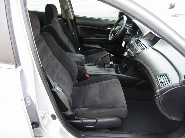 Honda Accord LX-P Manual 2009 price $6,495 Cash