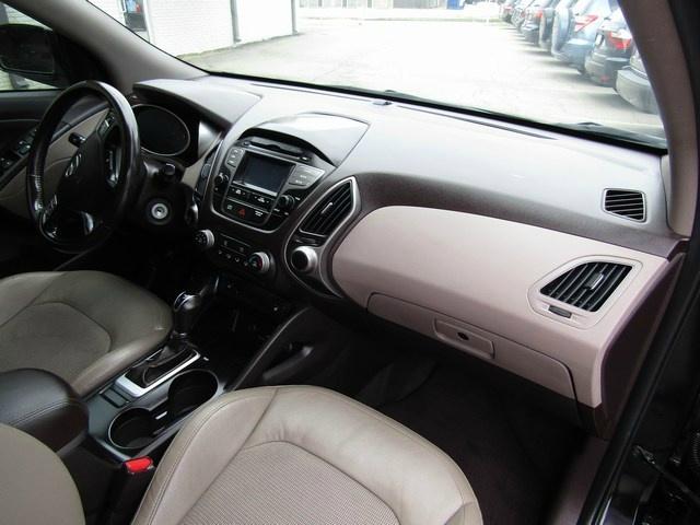 Hyundai Tucson SE AWD 1 Owner 2015 price $8,995 Cash