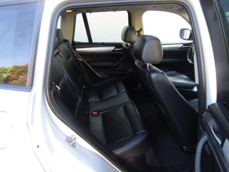 BMW X3 AWD 3.0L NAV 2011 price $9,495 Cash