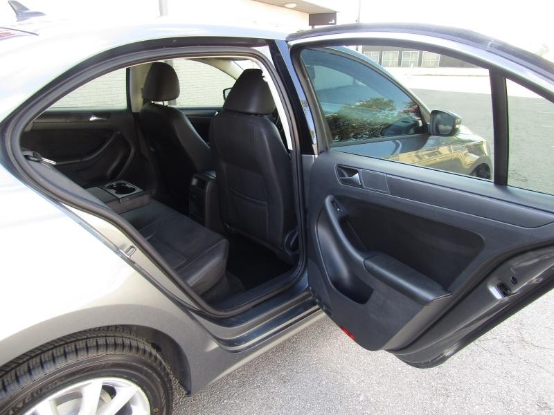 Volkswagen Jetta SE Leather Roof 1Owner 2012 price $6,995 Cash