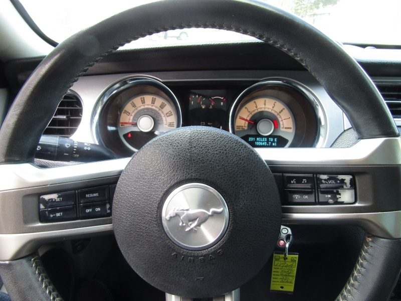 Ford Mustang Cpe GT Automatic 2010 price $9,995 Cash