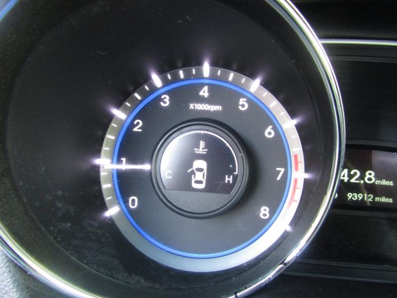 Hyundai Sonata GLS Auto 2013 price $8,495 Cash