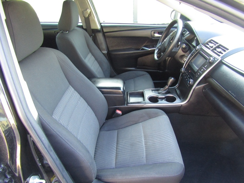 Toyota Camry LE Auto 1 Owner 2017 price $8,995 Cash