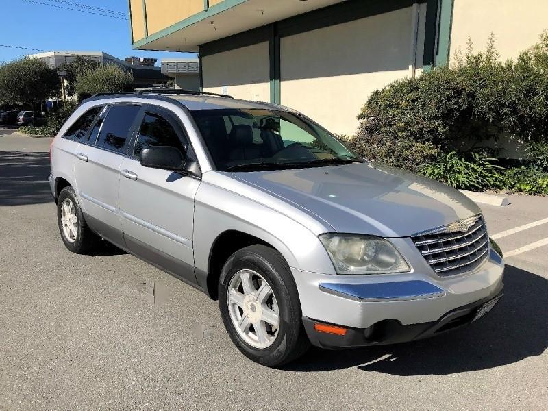 Chrysler Pacifica 2006 price $3,988