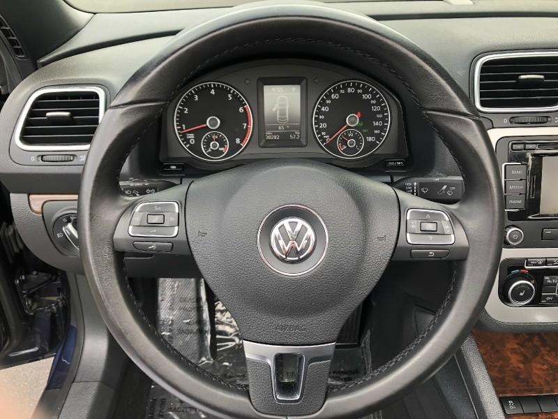 Volkswagen Eos 2012 price $14,588