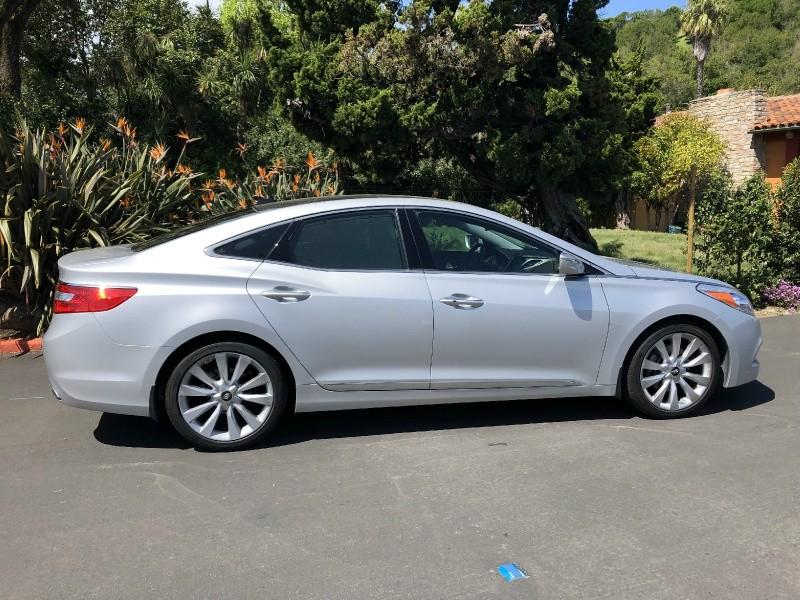 Hyundai Azera 2013 price $13,995