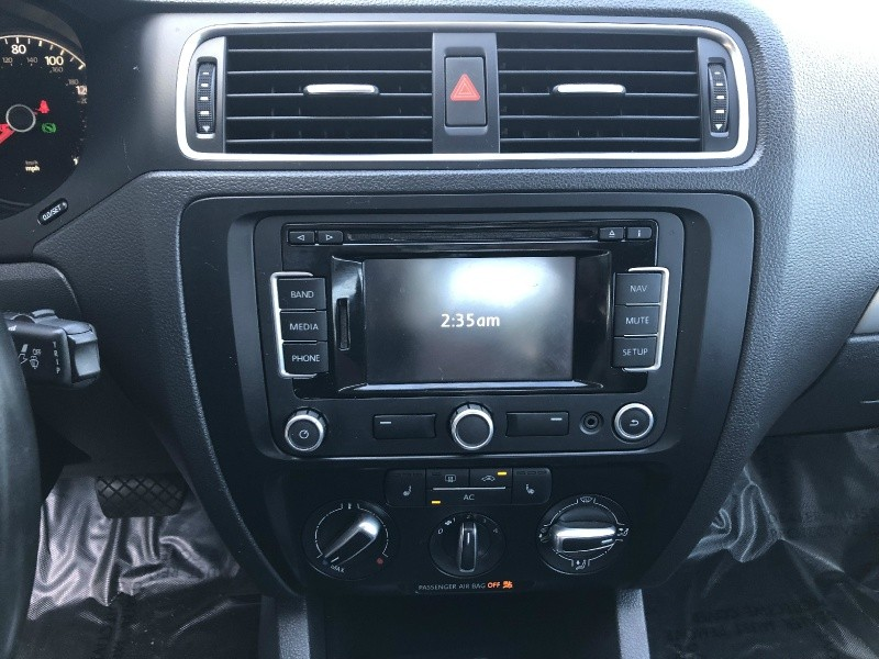 Volkswagen Jetta TDI 2011 price $9,995