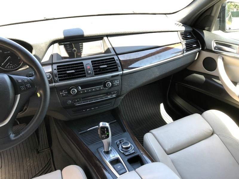 BMW X5 35d AWD 2012 price $16,995