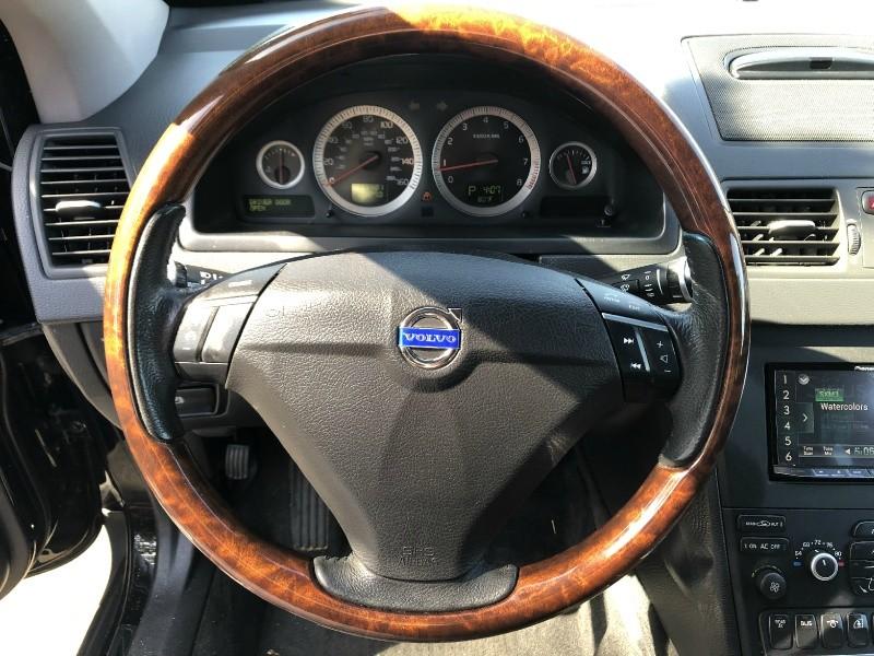 Volvo XC90 2011 price $8,995