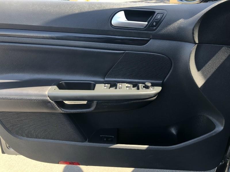 Volkswagen Jetta TDI SportWagen 2014 price $10,995