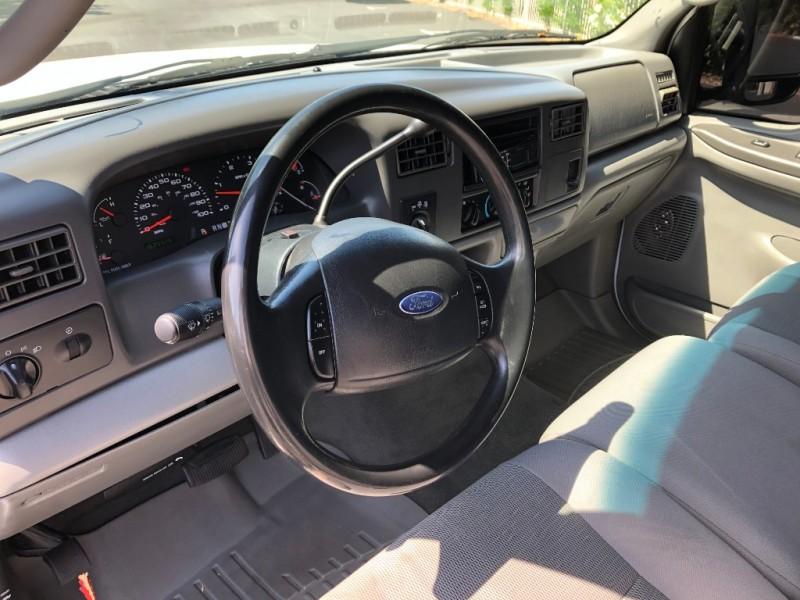 Ford Super Duty F-250 2004 price $11,995
